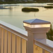 http://www.verandadeck.com/wp-content/uploads/2014/05/veranda-regency-railing-promo.jpg