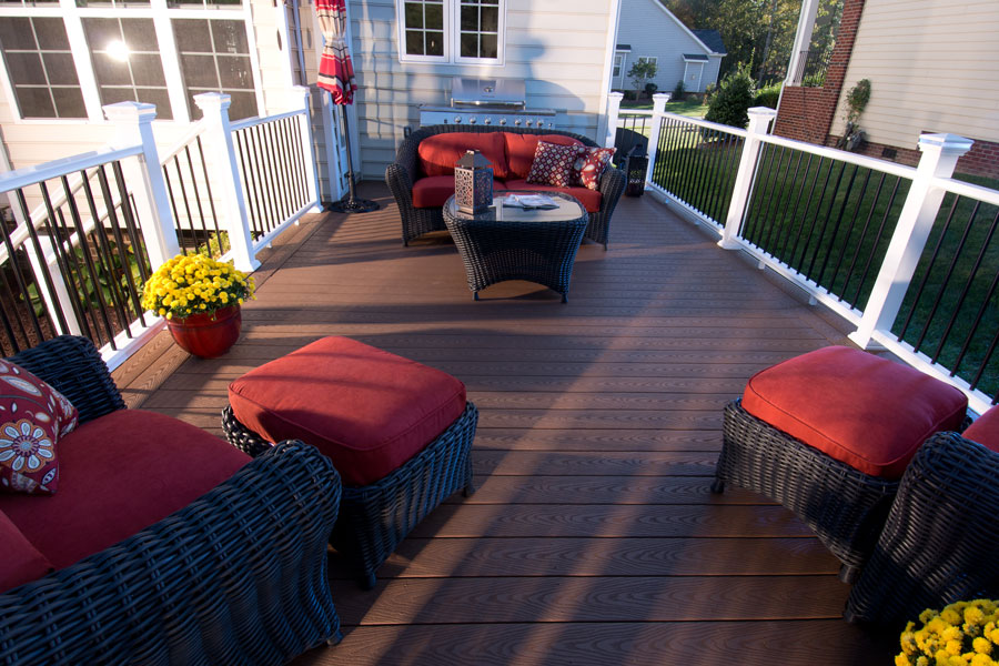veranda-capped-decking-brown-regency