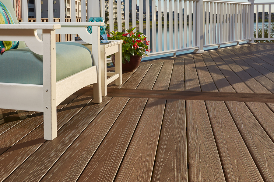 veranda-armorguard-decking-brazilian-walnut-regency-railing-9